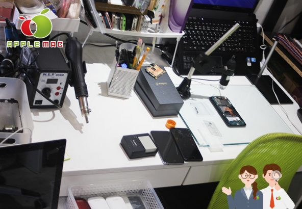 iPhone基板端子や液晶画面LCD接続金属破損の修理店
