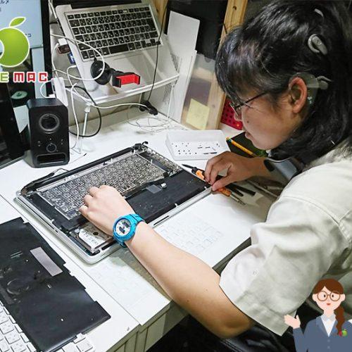 16歳JK Macbook 2011 キーボード水没故障修理店