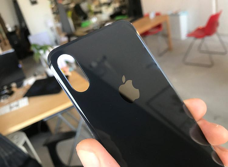 iPhone X / iPhone XS バックパネル交換修理 10,800円 (税込)