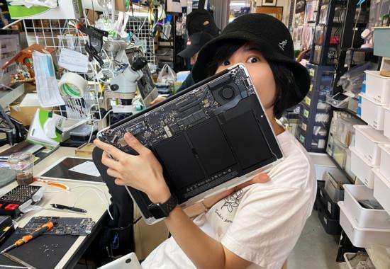 mac book Air 突然電源がつかなくなる 修理バッテリー交換