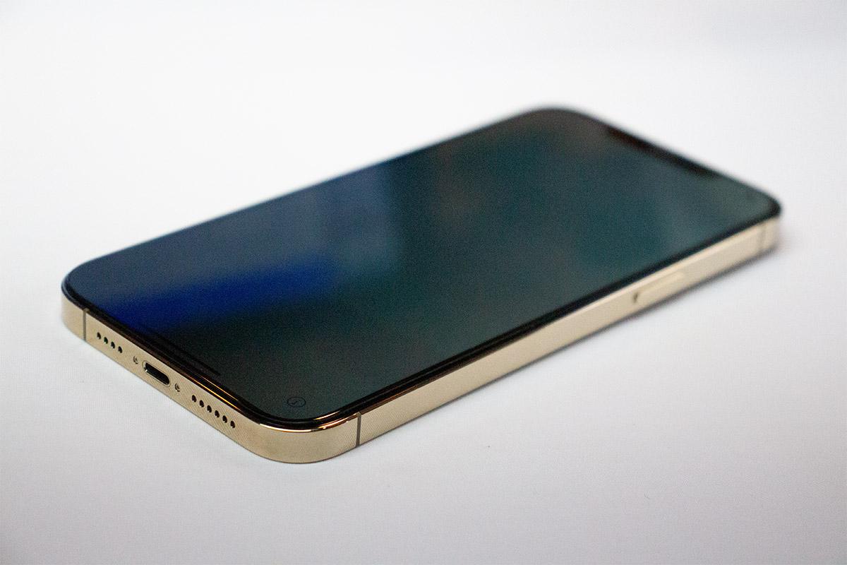 iPhone 13 画面交換修理